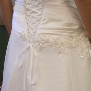 Maggie Sottero Dresses - Maggie Sottero Wedding Gown, Size 6